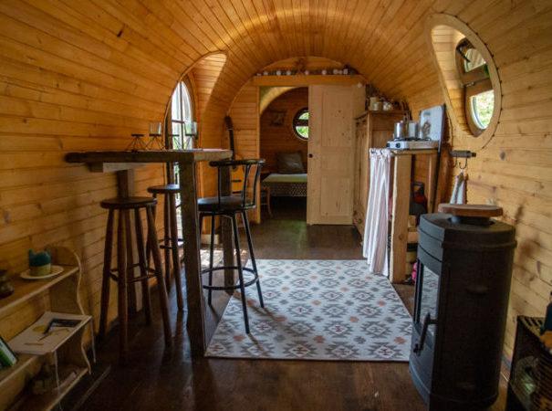 cabane-roulotte-grandsaigne-correze-monedieres-850x450